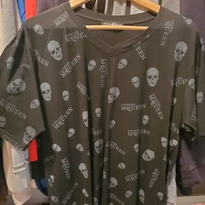 Black XL rare original Alexander McQueen v T-shirt